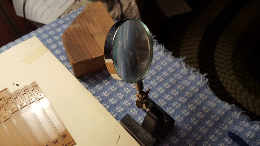 magnifying.glass